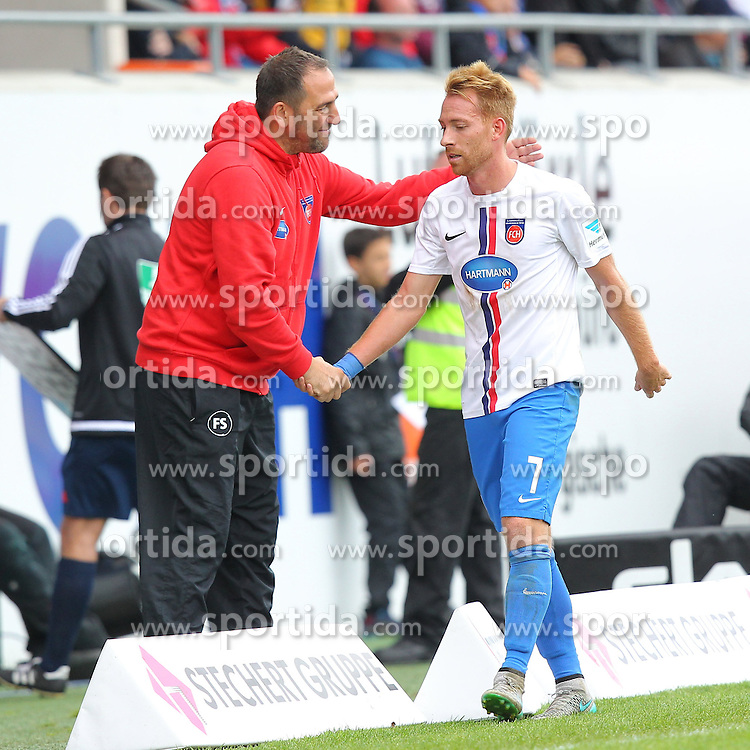 27.09.2015, Voith Arena, Heidenheim, GER, 2. FBL, 1. FC Heidenheim vs Karlsruher SC, 9. Runde, im Bild Trainer Frank Schmidt (1.FC Heidenheim) rechts Marc Schnatterer (1.FC Heidenheim) // during the 2nd German Bundesliga 9th round match between 1. FC Heidenheim and Karlsruher SC at the Voith Arena in Heidenheim, Germany on 2015/09/27. EXPA Pictures &copy; 2015, PhotoCredit: EXPA/ Eibner-Pressefoto/ Langer<br /> <br /> *****ATTENTION - OUT of GER*****