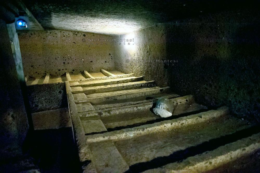 Cerveteri 30 Agosto 2014<br /> Cerveteri fu uno dei principali centri etruschi rivestendo un ruolo di primaria importanza nei traffici del Mediterraneo dal VII al IV secolo a.C. La Necropoli della Banditaccia &egrave; posta su un&rsquo;altura tufacea a nord-est della citt&agrave;, ed &egrave; la pi&ugrave; importante necropoli etrusca, tanto da essere stata dichiarata nel 2004 patrimonio dell'umanit&agrave; dall'UNESCO.Tomba del Pilastro. Questo ipogeo risale al IV secolo a.C. <br /> Cerveteri August 30, 2014 <br /> Cerveteri was one of the major Etruscan centres, playing a role of primary importance in Mediterranean trade from the 7th to the 4th century BCE. The Banditaccia necropolis, situated on a tufa plateau to the northeast of the city, is the most important Etruscan necropolis in the vicinity; it has been a UNESCO World Heritage Site since 2004. Tomba del Pilastro (Tomb of the Pillar). This hypogeum dates back to the 4th century BC and shows how, using the layer of virgin tufa subsoil, it was possible to resolve the problem of lack of space for the construction of new tombs.
