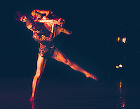 "Richard Alston Dance Co in ""Shimmer"""
