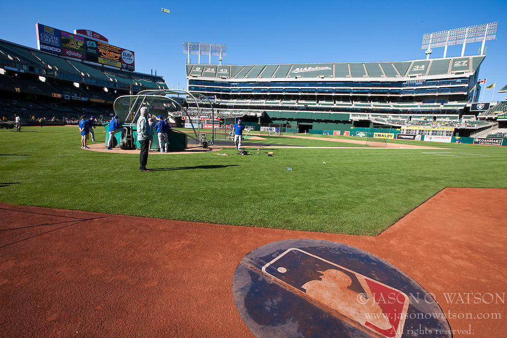 OAKLAND, CA - JULY 05:  General view of O.co Coliseum during batting practice before the game between the Oakland Athletics and the Toronto Blue Jays on July 5, 2014 in Oakland, California. The Oakland Athletics defeated the Toronto Blue Jays 5-1.  (Photo by Jason O. Watson/Getty Images) *** Local Caption ***