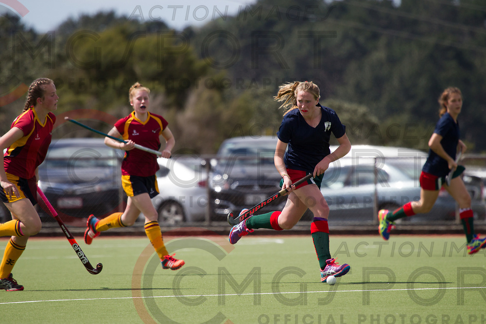 SOUTHLAND V WAIRARAPA<br /> U15 PREMIER GIRLS HOCKEY<br /> NORTH HARBOUR STADIUM<br /> Alana Warrington CMGSPORT<br /> &copy;cmgsport2017