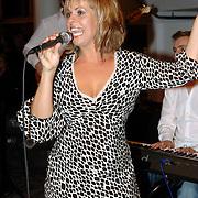 NLD/Rotterdam/20060923 - Premiere Willeke Alberti tour `Goud `, Barbara Lok