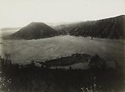 De Zandzee en de Batok bij de Bromo. 1928 - 1932