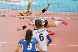 28-09-2017 AZE: CEV European Championship Italie - Nederland, Baku<br /> Nederland wint met 3-0 van Italie en staat in de halve finale / Kirsten Knip #1 of Netherlands