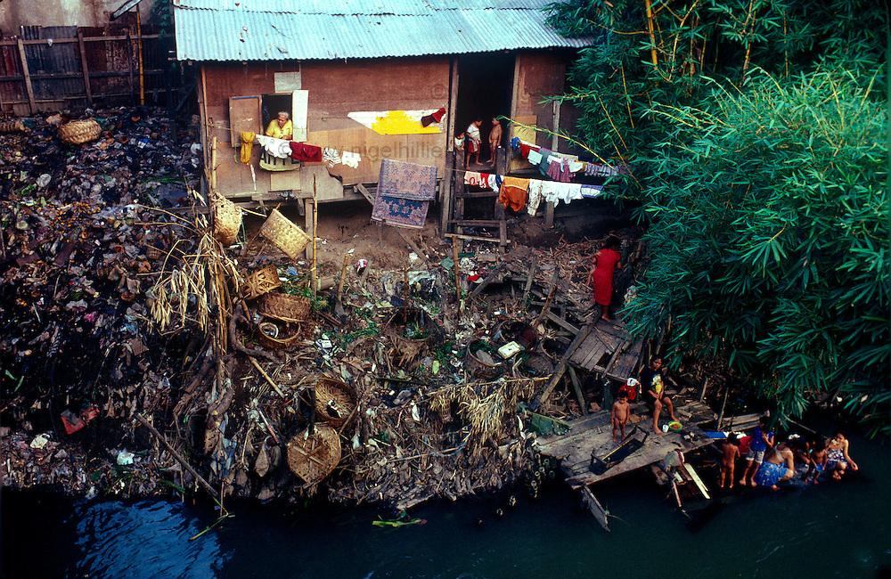 sumatra, slum dwellers