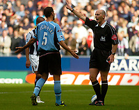 Photo. Glyn Thomas. Digitalsport<br /> West Bromwich Albion v Fulham. <br /> Barclays Premiership. 18/09/2004.<br /> Fulham captain Sylvain Legwinski (L) contests referee Dean's (R) decision to award a penalty, but Robert Earnshaw misses the penalty.