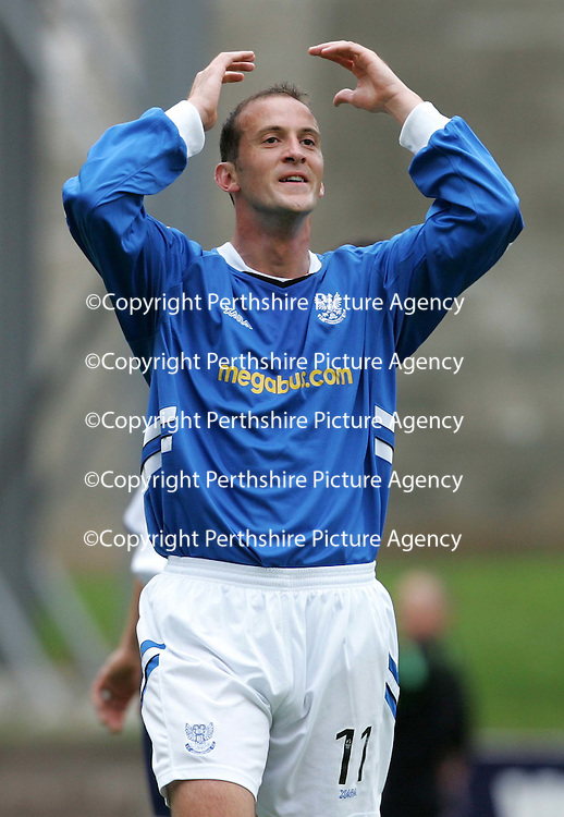 St Johnstone v Ross County..10.09.05 <br />