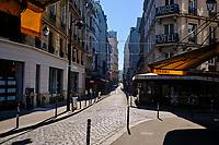 France, Paris (75), quartier Saint Michel, la rue de la Huchette durant le confinement du Covid 19 // France, Paris, Saint Michel district, rue de la Huchette during the lockdown of Covid 19