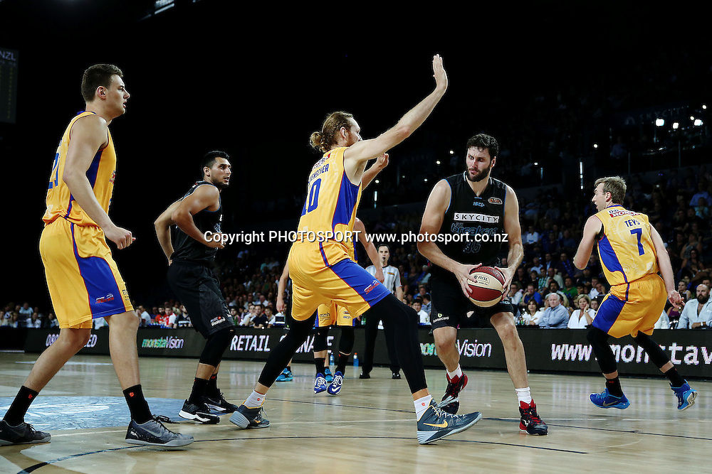 Alex Pledger of the Breakers in action. 2014/15 ANBL, SkyCity Breakers vs Adelaide 36ers, Vector Arena, Auckland, New Zealand. Thursday 12 February 2015. Photo: Anthony Au-Yeung / www.photosport.co.nz