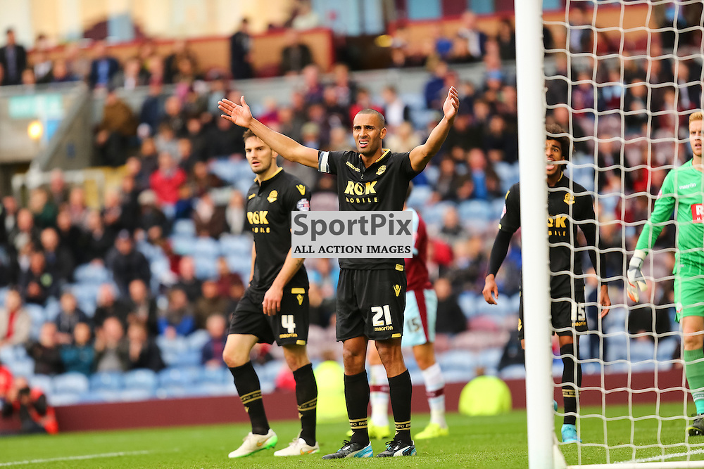Darren Pratley of Bolton Wanderers during Burnley v Bolton, Sky Bet Championship, 17 October 2015,  (c) Jackie Meredith/SportPix.org.uk