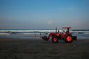 The beach clean at Seminak - Bali revisited February 2017