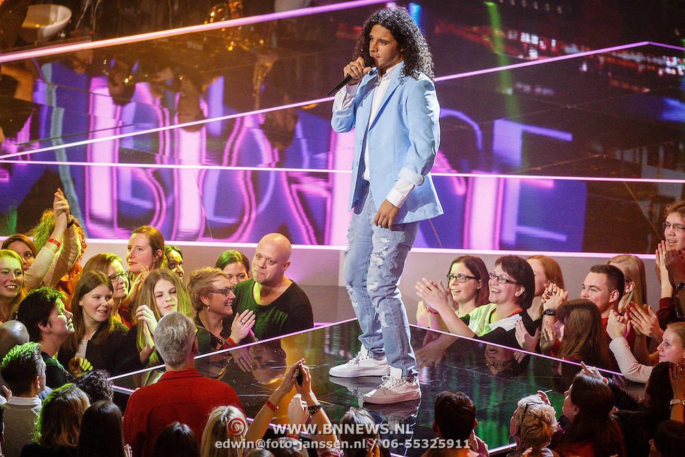 NLD/Hilversum/20160122 - 6de live uitzending The Voice of Holland 2016, Ali B