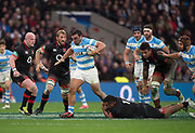 Twickenham, Surrey United Kingdom. Mako VUNIPOLA, hang's on to Agustin CREEVY'S foot, during the England vs Argentina. Autumn International, Old Mutual Wealth series. RFU. Twickenham Stadium, England. <br /> <br /> Saturday  11.11.17.    <br /> <br /> [Mandatory Credit Peter SPURRIER/Intersport Images]