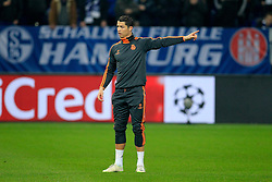 26.02.2014, Veltins Arena, Gelsenkirchen, GER, UEFA CL, Schalke 04 vs Real Madrid, Achtelfinale, im Bild Cristiano Ronaldo (Real Madrid CF #7) gibt Anweisungen // during UEFA Champions League last sixteen match between Schalke 04 and Real Madrid CF at the Veltins Arena in Gelsenkirchen, Germany on 2014/02/26. EXPA Pictures &copy; 2014, PhotoCredit: EXPA/ Eibner-Pressefoto/ Schueler<br /> <br /> *****ATTENTION - OUT of GER*****