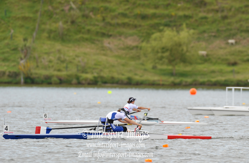 Hamilton, NEW ZEALAND.  GBR ASW1X, Helene RAYNSFORD, Tuesday - 02.11.2010, [Mandatory Credit Peter Spurrier:Intersport Images].