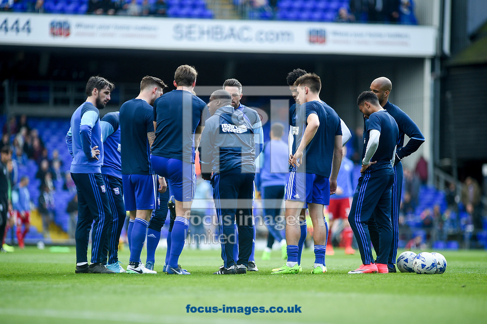 Ipswich Town having a pre-match team talk during the Sky Bet Championship match at Portman Road, Ipswich<br /> Picture by Hannah Fountain/Focus Images Ltd 07814482222<br /> 01/04/2017