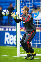 BOLTON, ENGLAND - Saturday, August 29, 2009: Liverpool's goalkeeper Peter Gulacsi warms-up before the Premiership match against Bolton Wanderers at the Reebok Stadium. (Photo by David Rawcliffe/Propaganda)