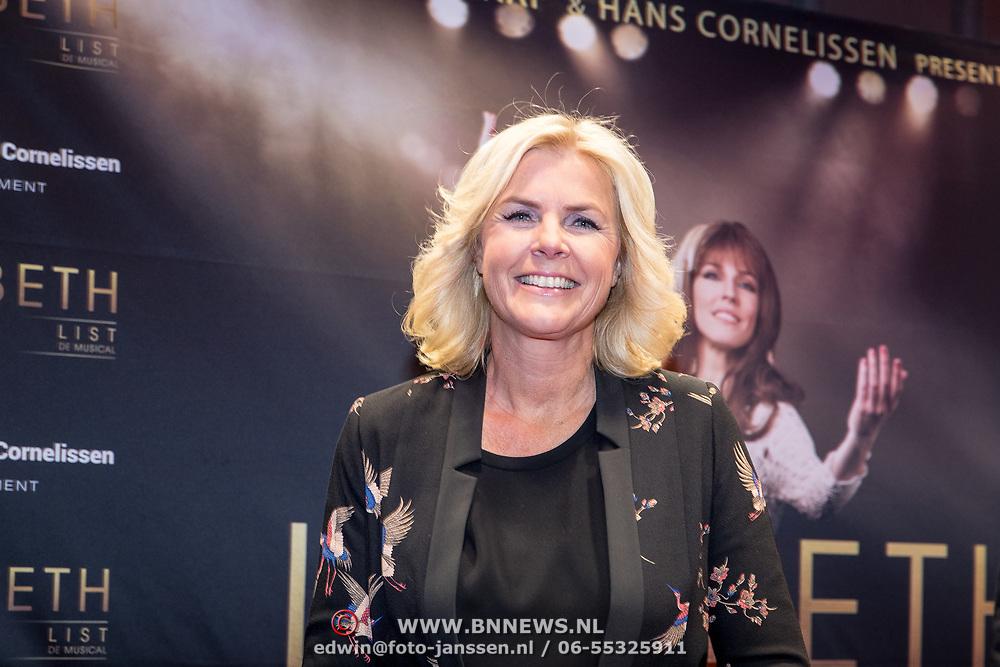 NLD/Amsterdam/20171002 - remiere Liesbeth List de Musical, Irene Moors