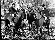 Hunt meets at Brittas, Co Dublin.    (K85)..1977..29.01.1977..01.29.1977..29th January 1977..A new year hunt meet was held today at Brittas,Co Dublin.The hunt started at Brittas Lodge..