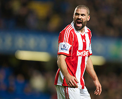 26.01.2014, Stamford Bridge, London, ENG, FA Cup, FC Chelsea vs Stoke City, 4. Runde, im Bild Stoke City's Jonathan Walters // during the English FA Cup 4th round match between Chelsea FC and Stoke City FC at the Stamford Bridge in London, Great Britain on 2014/01/26. EXPA Pictures © 2014, PhotoCredit: EXPA/ Propagandaphoto/ David Rawcliffe<br /> <br /> *****ATTENTION - OUT of ENG, GBR*****