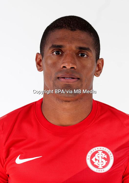 Ygor Maciel Santiago  ( Sport Club Internacional )