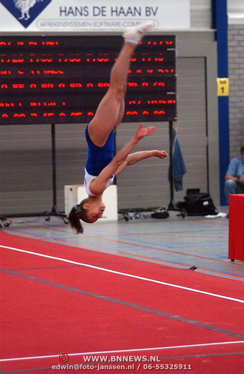 NLD/Huizen/20050603 - Turnen, 1/2 Finale Topsport, vloer, Sherine El Zeiny