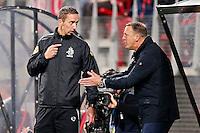 ALKMAAR - 26-09-2015, AZ - Heracles Almelo, AFAS Stadion, 3-1, AZ trainer John van den Brom (r), Cristiaan Bax vierde official.