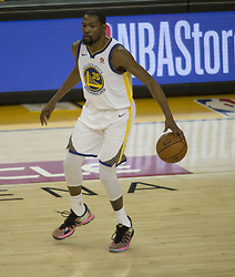 May 31, 2018 - Oakland, California, U.S - Kevin Durant #35 of the Golden State Warriors, during their  NBA Championship Game 1 with the Cleveland Cavaliers at  Oracle Arena in Oakland, California on Thursday, May 31,  2018. (Credit Image: © Prensa Internacional via ZUMA Wire)