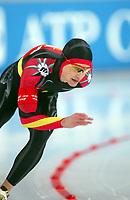 Skøyter, 9-10. november 2002. Verdenscupåpning, Vikingskipet, Stefan Heythausen, Tyskland.