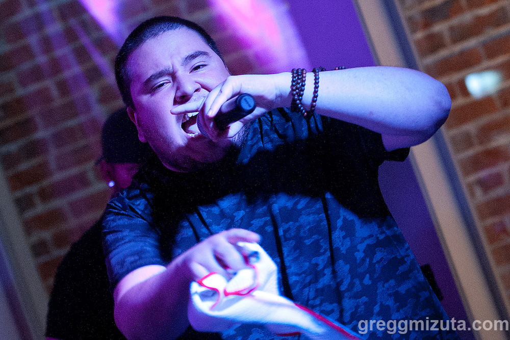 Clev Speech (Eric Munez) performs at Axiom Tha Wyze's Release Party for his first solo EP titled Production Dezign, on July 1, 2016 at The Olympic Venue in Boise, Idaho. (Gregg Mizuta/greggmizuta.com)<br /> <br /> The event included performances from the entire Earthlings Crew including: Gage Atg Anderson, Clev Speech, Andy O., ZERO, Corevette Dance, as well as brand new music from Axiom Tha Wyze.