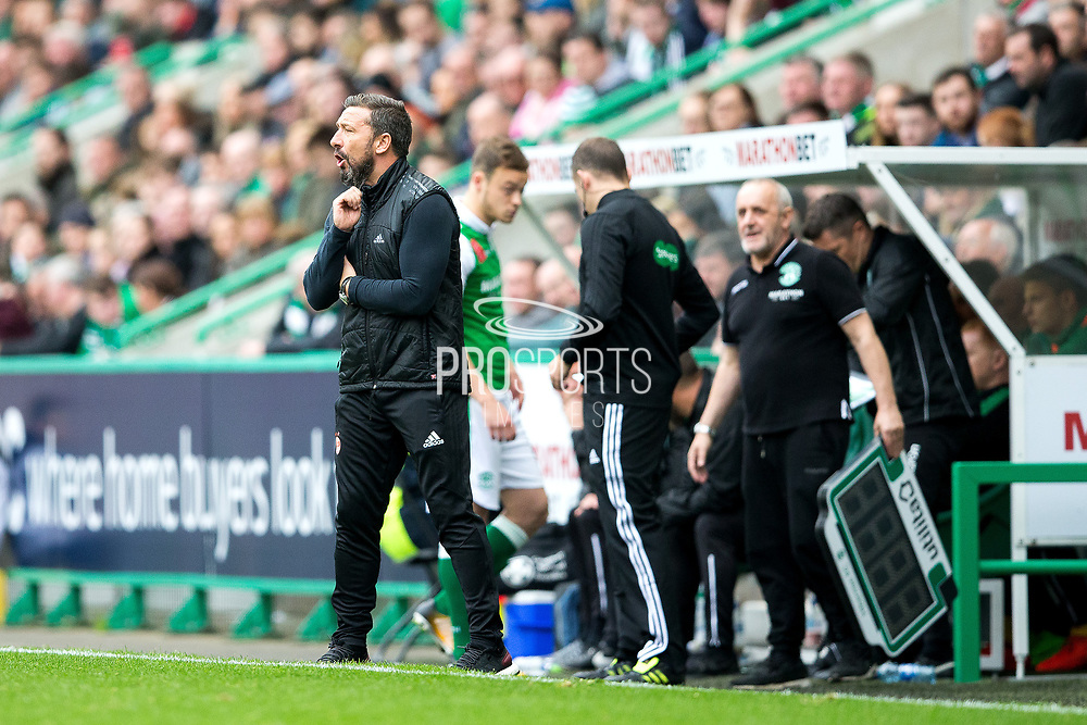 Aberdeen manager Derek McInnes looks on from the side line during the Ladbrokes Scottish Premiership match between Hibernian and Aberdeen at Easter Road, Edinburgh, Scotland on 14 October 2017. Photo by Craig Doyle.