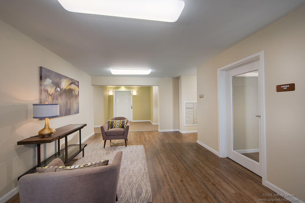 Penn Square Apartments Interior Image in Baltimore Maryland by Jeffrey Sauers of Commercial Photographics, Architectural Photo Artistry in Washington DC, Virginia to Florida and PA to New England