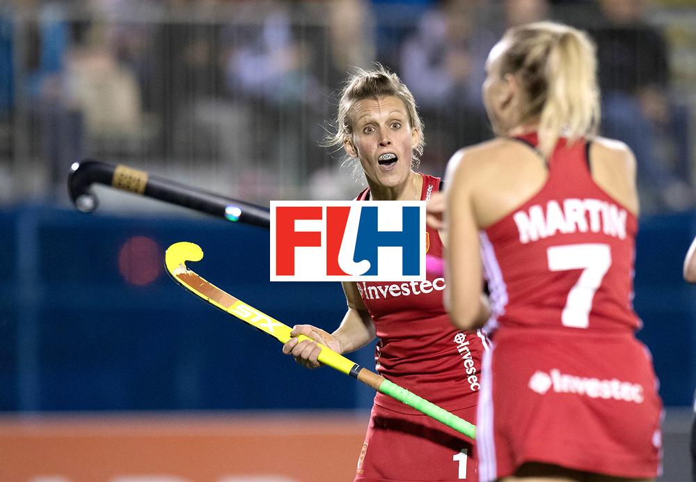 AUCKLAND - Sentinel Hockey World League final women<br /> Match id: 10310<br /> 20 ENG v NZL (Semi Final) 0-1<br /> New Zealand play the final<br /> Foto:  Alex Danson( C) discuss with Hannah Martin <br /> WORLDSPORTPICS COPYRIGHT FRANK UIJLENBROEK