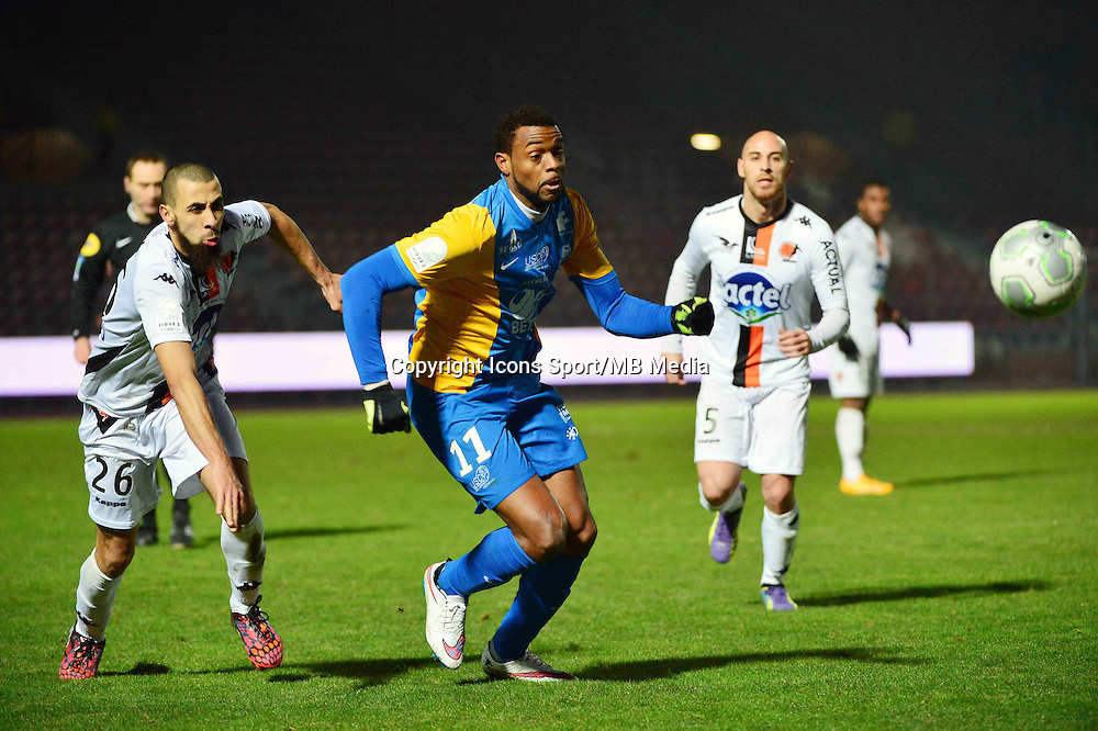 Frederic PIQUIONNE - 23.01.2015 - Creteil / Laval - 21eme journee de Ligue 2<br /> Photo : Dave Winter / Icon Sport