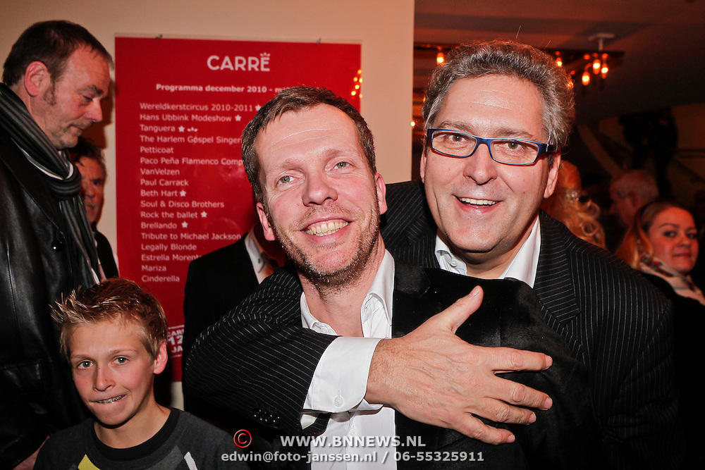 NLD/Amsterdam/20101216 - Wereldkerstcircus 2010 Carre, Henk Krol en partner Reon Nettenbreiers