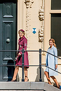 28-3-2017 The Hague- Visit to Mauritshuis by Queen Maxima and Ms Awada . <br />  State visit 2 days to the Netherlands by President Mauricio Macri of the Argentine Republic and his wife Juliana Awada. COPYRIGHT ROBIN UTRECHT Staatsbezoek aan Nederland