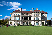 The Breakers, built 1895 as a summer estate by the Vanderbilt family, one of the famous Newport Mansions on Rhode Island, USA