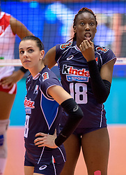 18-05-2016 JAP: OKT Peru - Italie, Tokio<br /> Italië verslaat Peru met 3-0 / Alessia Gennari #8 of Italie, Paola Ogechi Egonu #18 of Italie