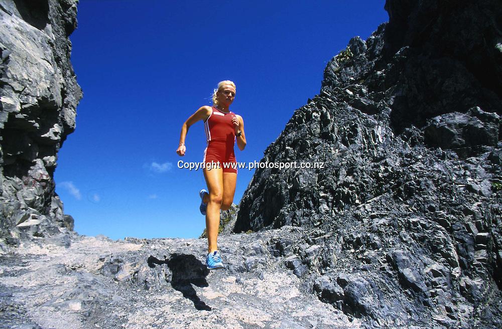 Photoshoot with New Zealand womens runner Melissa Moon, January, 2002. Photo: PHOTOSPORT<br /><br /><br /><br />athletics *** Local Caption ***