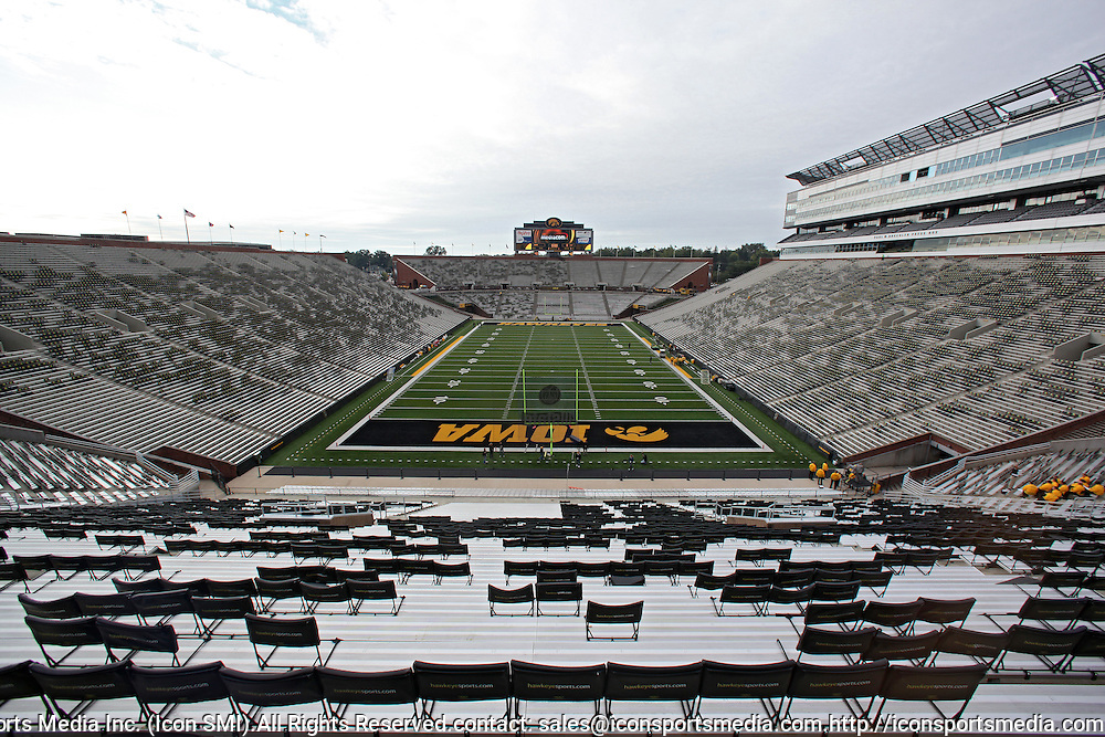 September 17, 2011: A general view shot of Kinnick Stadium before the game between the Iowa Hawkeyes and the Pittsburgh Panthers at Kinnick Stadium in Iowa City, Iowa on Saturday, September 17, 2011.
