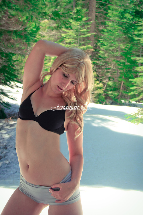 Model: Kristianna Kathleen<br />