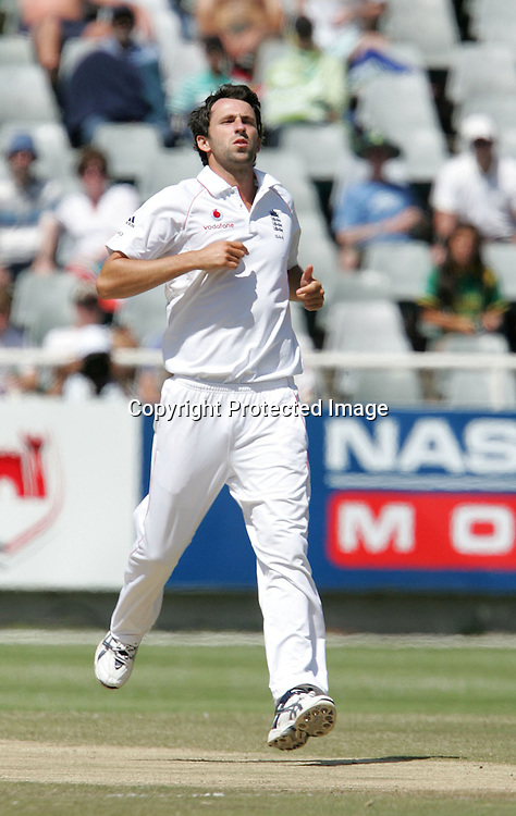Graham Onions during the 4th day of the third test match between South Africa and England held at Newlands Cricket Ground in Cape Town on the 6th January 2010.Photo by: Ron Gaunt/ SPORTZPICS