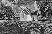 The first European wedding in New Zealand was conducted on 11 October 1831 at the St John the Baptist church.The surrounding burial ground is outstandingly important as one of New Zealand's earliest churchyards.
