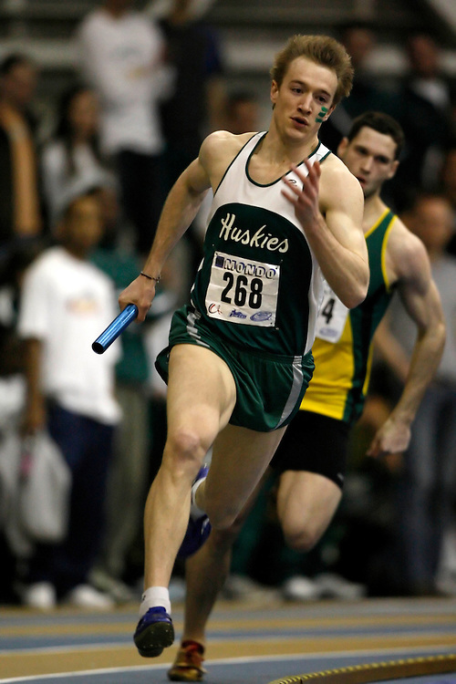 Windsor, Ontario ---14/03/09--- Joshua Simair of  the University of Saskatchewan competes in the 4x400m relay at the CIS track and field championships in Windsor, Ontario, March 14, 2009..Claus Andersen Mundo Sport Images