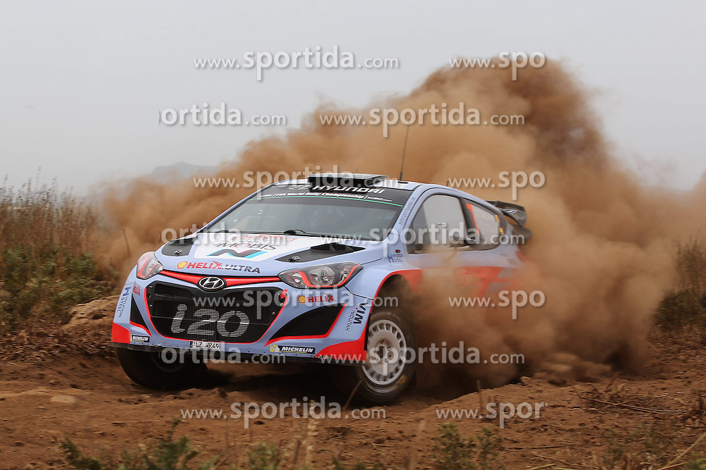 12.06.2015, Putifigari, Alghero, ITA, FIA, WRC, Rally Italia Sardegna 2015, Tag 1, im Bild Thierry Neuville/Nicolas Gilsoul (Hyundai Motorsport/i20 WRC) // during day one of FIA WRC Rallye Italia Sardegna 2015 at Putifigari in Alghero, Italy on 2015/06/12. EXPA Pictures &copy; 2015, PhotoCredit: EXPA/ Eibner-Pressefoto/ Bermel<br /> <br /> *****ATTENTION - OUT of GER*****