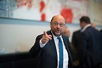 DEU, Deutschland, Germany, Berlin, 27.09.2017: Der SPD-Parteivorsitzende Martin Schulz vor der Fraktionssitzung der SPD im Deutschen Bundestag.