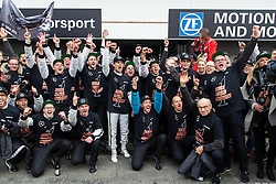 17.10.2015, Hockenheimring, Hockenheim, GER, DTM, Hockenheim, im Bild Pascal Wehrlein (DTM Mercedes AMG C Coupe) feiert mit seinem Team den Sieg in der DTM Saison 2015 // during the DTM Championship Race at the Hockenheimring in Hockenheim, Germany on 2015/10/17. EXPA Pictures © 2015, PhotoCredit: EXPA/ Eibner-Pressefoto/ Neis<br /> <br /> *****ATTENTION - OUT of GER*****