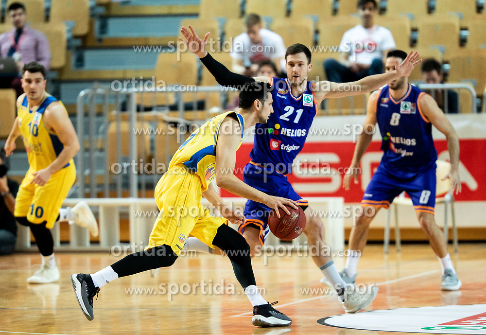 Simo Atanackovic of Hopsi Polzela vs Blaz Mahkovic of Helios Suns during basketball match between KK Hopsi Polzela and KK Helios Suns in semifinal of Spar Cup 2018/19, on February 16, 2019 in Arena Bonifika, Koper / Capodistria, Slovenia. Photo by Vid Ponikvar / Sportida