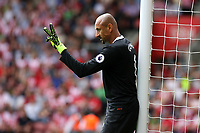 Football - 2016 / 2017 Premier League - Southampton vs. Watford<br /> Heurelho Gomes of Watford organises his wall at St Mary's Stadium Southampton <br /> <br /> Colorsport/Shaun Boggust