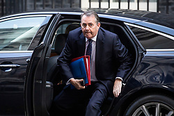 © Licensed to London News Pictures. 16/10/2018. London, UK. Secretary of State for International Trade Liam Fox arrives on Downing Street for the Cabinet meeting. Prime Minister Theresa May faces a possible rebellion from members of the Cabinet over her plans for Brexit. Photo credit: Rob Pinney/LNP
